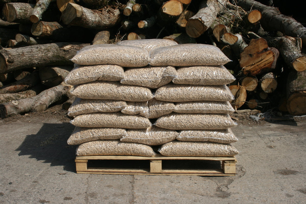 Buy Wood Pellets 6mm Half Tonne 48 Bags 32 Bags If